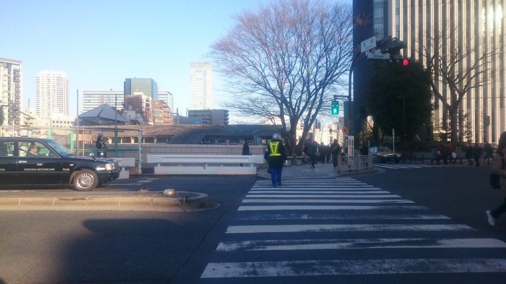 御茶ノ水駅前の横断歩道