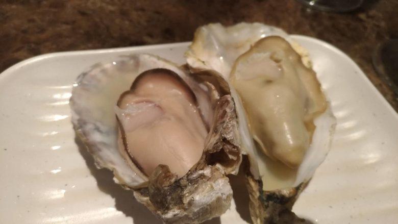 蒸し牡蠣2種盛り