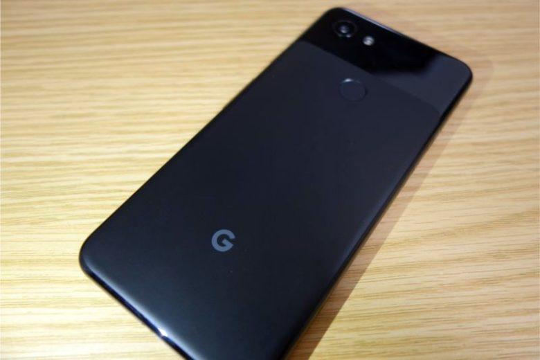 Google Pixel 3aの外観(裏)